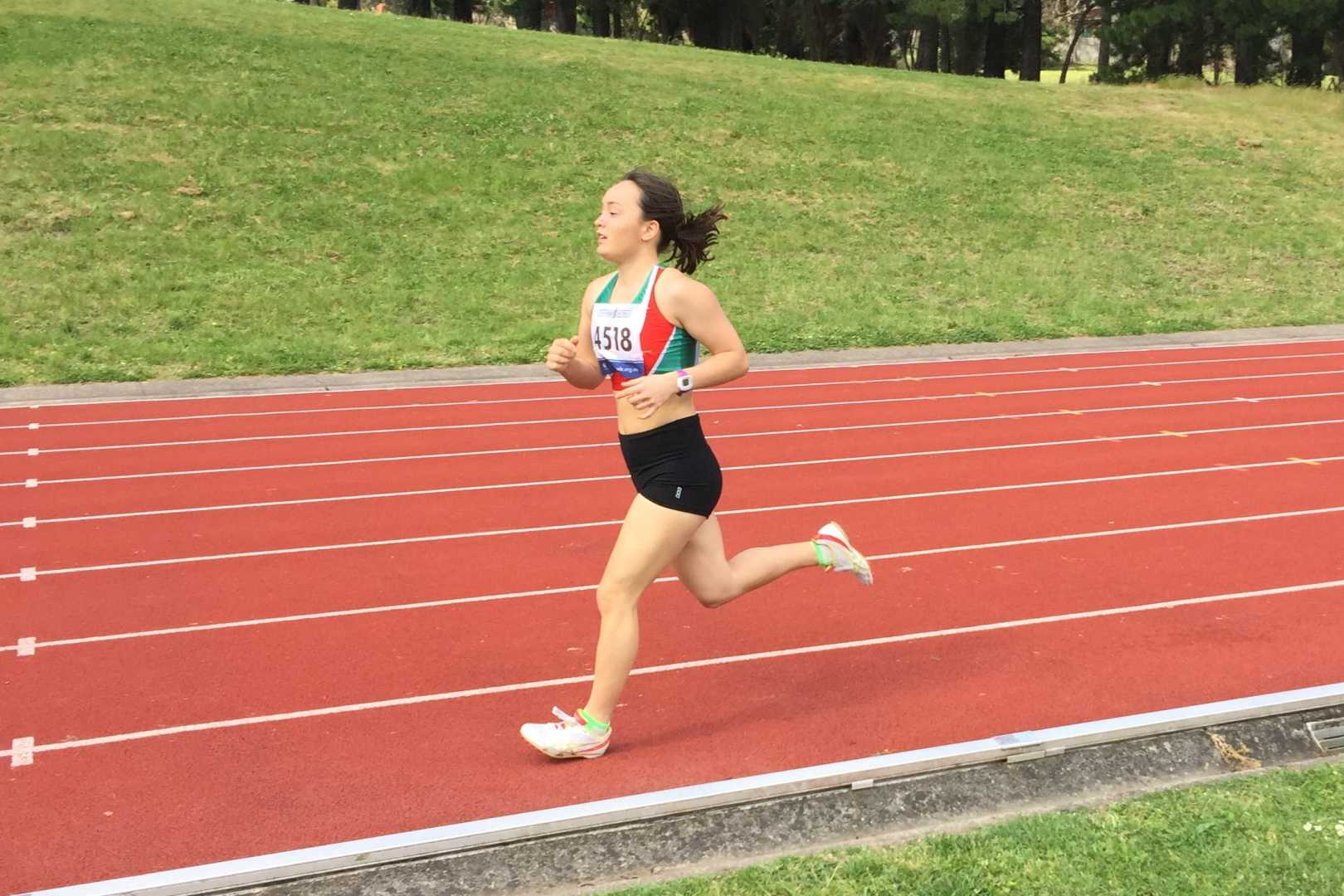 Great run by Stella in the 800m